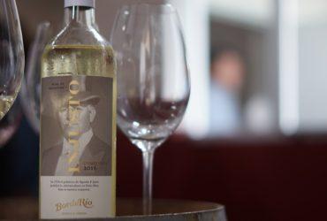 la psicologia en la etiqueta de un vino