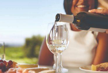 cuales son los pasos para servir un vino